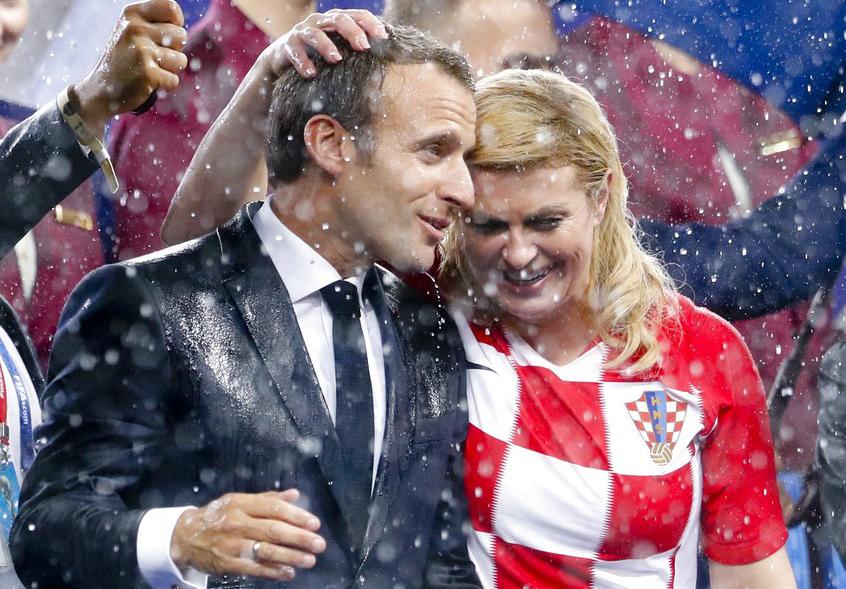 Russia 2018: President Kolinda Grabar and Macron in Friendly Mood