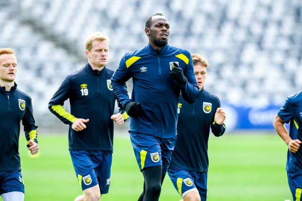 Usain Bolt Faces Determined Mariners Who Vow no Easy Ride for the Olympian