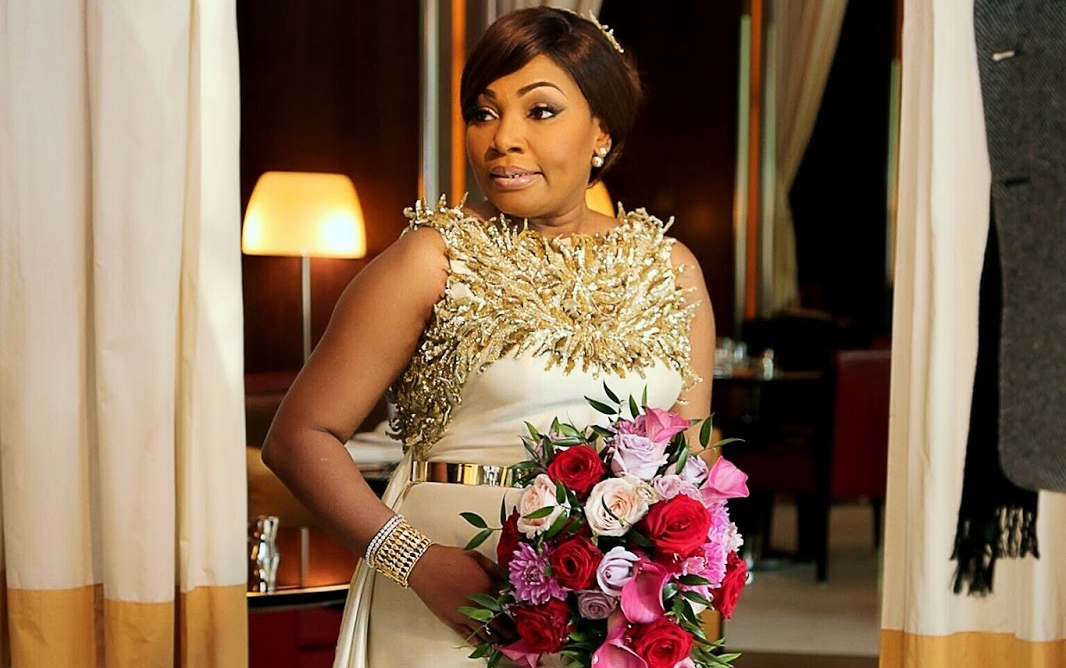 Beauty Entrepreneur Vivian Got Married at 50, and Gave Birth at 51
