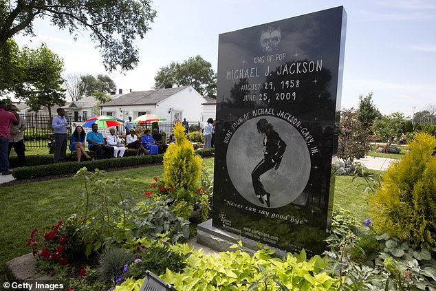 Tourists Outraged by Removal of Giant Michael Jackson Plaque From Childhood Home, Accuse Family of Theft