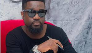 Ghanaian singer Sarkodie gets nods for addressing skin bleaching and Africa's debt