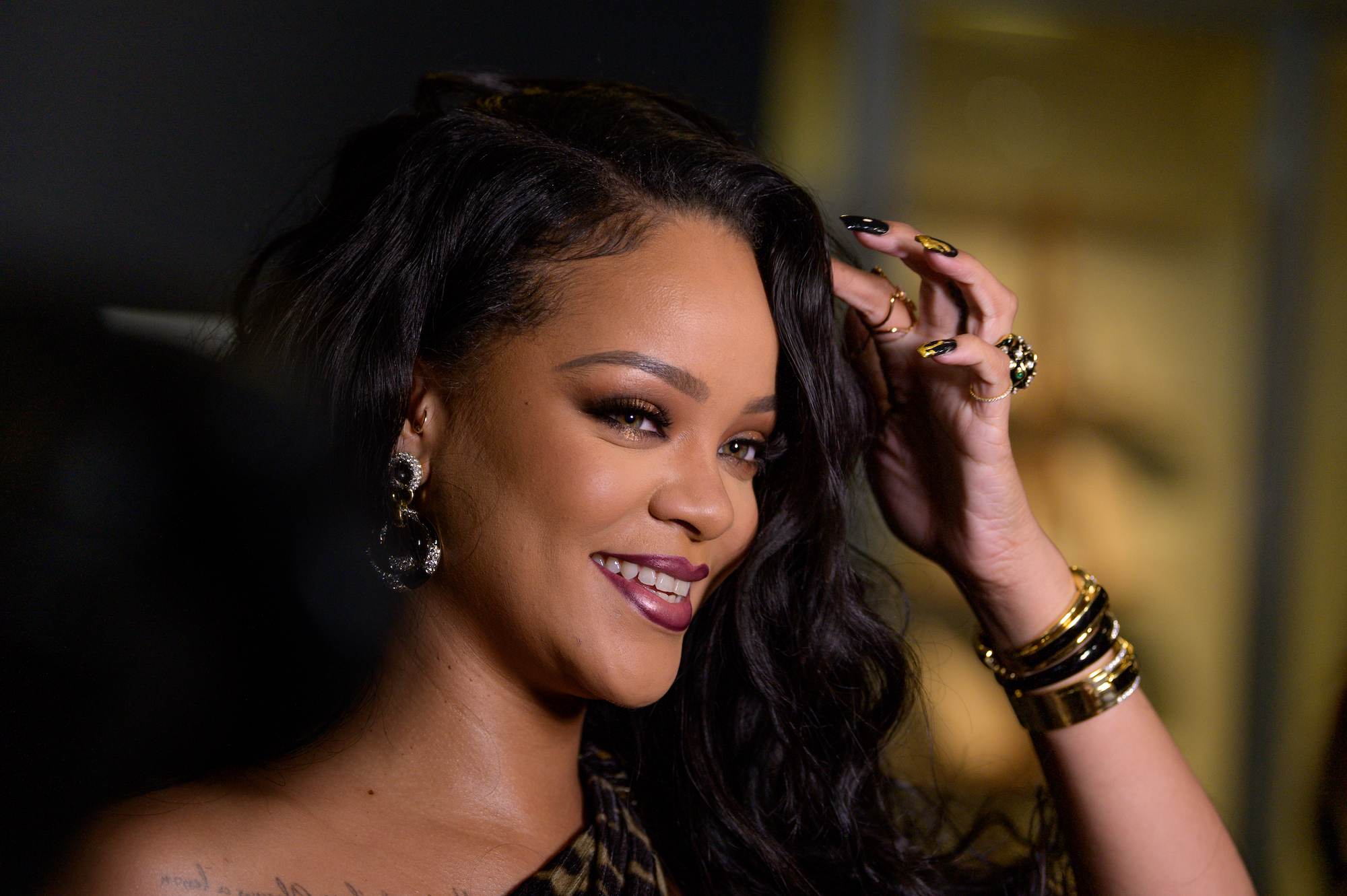 """Nothing makes me feel good than being invisible""– Rihanna"